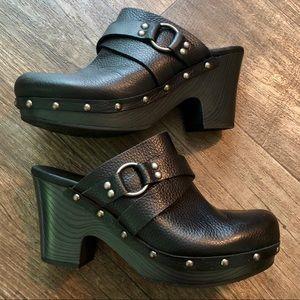 Korks by Kork-Ease Felisa Black Leather Clogs